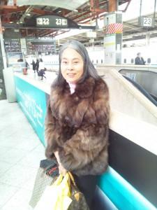 映画「おしん」の撮影のため秋田に向かう吉村実子